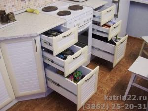 Кухня : ул. Шукшина, 24 (выполнено на заказ)