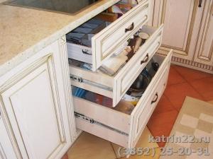 Кухня : г. Новоалтайск,  ул. Космонавтов, 26 а (выполнено на заказ)