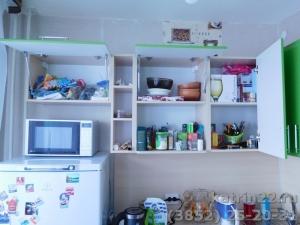 Кухня : ул. С. Ускова, 40 (выполнено на заказ)